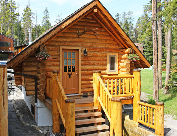 Banff log cabin bed breakfast accommodation for Canadian log cabins